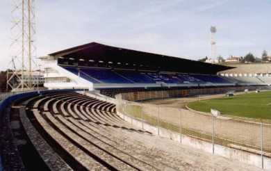 Estádio do Restelo - Haupttribüne leer
